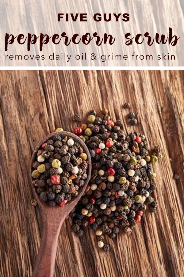 It removes daily oil and grime from your skin leaving in moisturised smooth and healthy. Peppercorns are great for body health and they make great natural exfoliators.